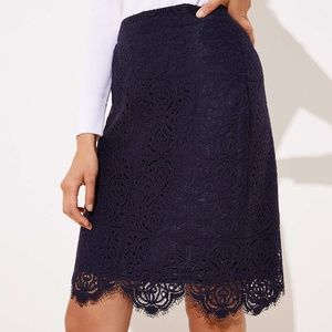 NAVY SCALLOPED LACE PENCIL SKIRT NWT
